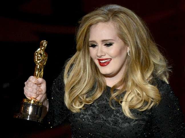 <p>Adele</p>