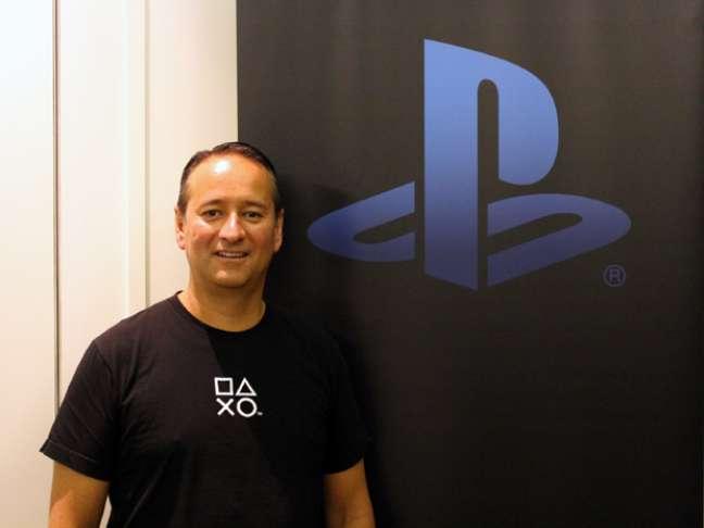 """<p>Mark Stanley: """"estamos fazendo todo o possível para reduzir o preço do PS4""""</p>"""