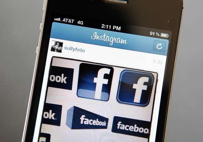<p>Facebook estaria implementando hashtags para o servi&ccedil;o, assim como fazem Twitter e Instagram</p>