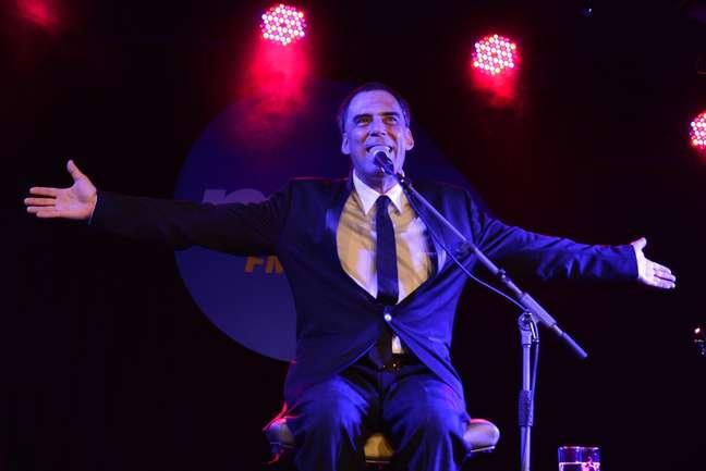 <p><b>Arnaldo Antunes é uma das atrações do Terra Live Music</b></p>