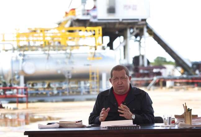 <p>Chávez durante o programa<em> Alô Presidente</em>376, de 8 de janeiro de 2012, uma das últimas edições do programa a ir ao ar</p>