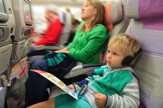 Brinquedos e jogos podem ser levados a bordo para distrair os pequenos