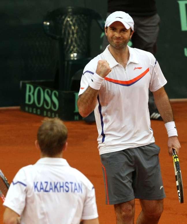 <p>Dupla do Cazaquist&atilde;o venceu por 3 sets a 0</p>