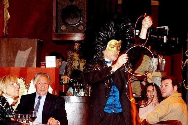 Positano Lírica chama a atenção em Buenos Aires por conta da proposta original de aliar culinária italiana com apresentações de ópera e balé