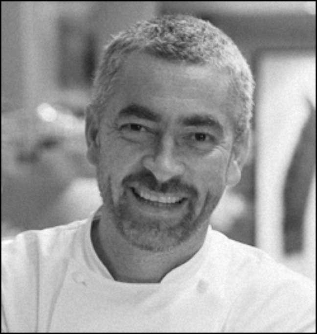 <p>Alex Atala se junta a outros nove profissionais de diferentes áreas para incentivar a valorização de ingredientes brasileiros</p>