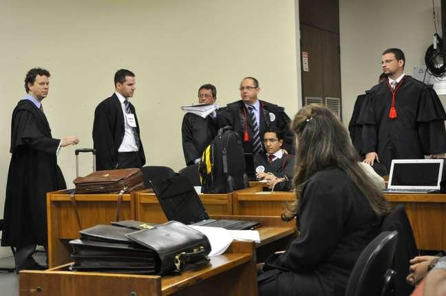 Juíza Marixa Fabiane negou o pedido de adiamento do julgamento feito pela defesa