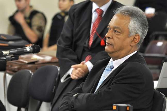 <p>Ex-delegado depõe no julgamento de Bola, no fórum de Contagem</p>