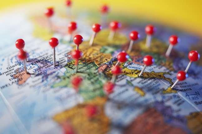 <p>Viagens internacionais quase sempre exigem falar outro idioma</p>