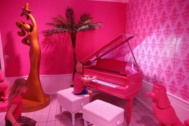 <p>A Barbie Dreamhouse Experience, casa temática da boneca, foi inaugurada nesta quinta (16), em Berlim, na Alemanha</p>