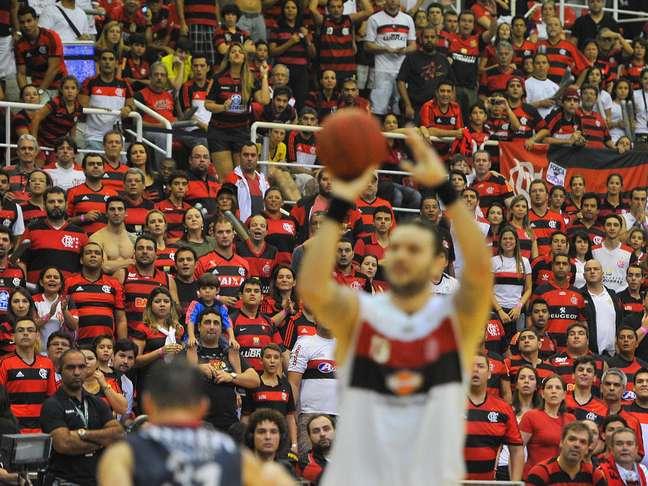 Entradas para jogos de basquete no Brasil são muito baratas - quando custam algo