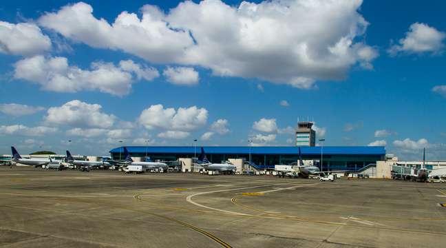 Por sua localização estratégica, a meio caminho entre as Américas do Sul e do Norte, e próximo do Caribe, o Aeroporto Internacional Tocumen é ponto de passagem das principais rotas aéreas do continente