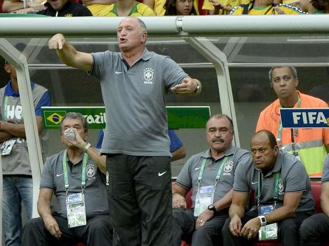 <p>Scolari evitou falar sobre temas políticos após a vitória da Seleção Brasileira</p>