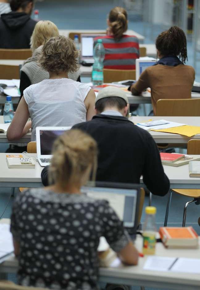 A tecnologia ainda não é usada de forma pedagógica por boa parte dos professores