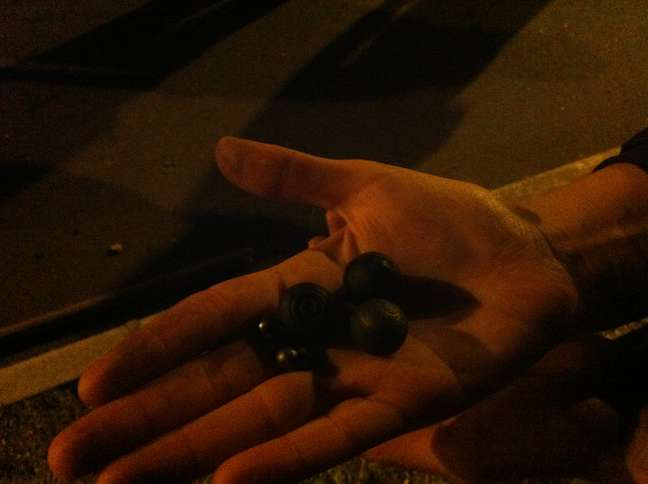 Balas de borracha usadas pela polícia para dispersar o protesto
