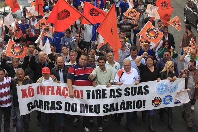 <p>Força Sindical e CUT farão grande mobilização no dia 11 de julho</p>