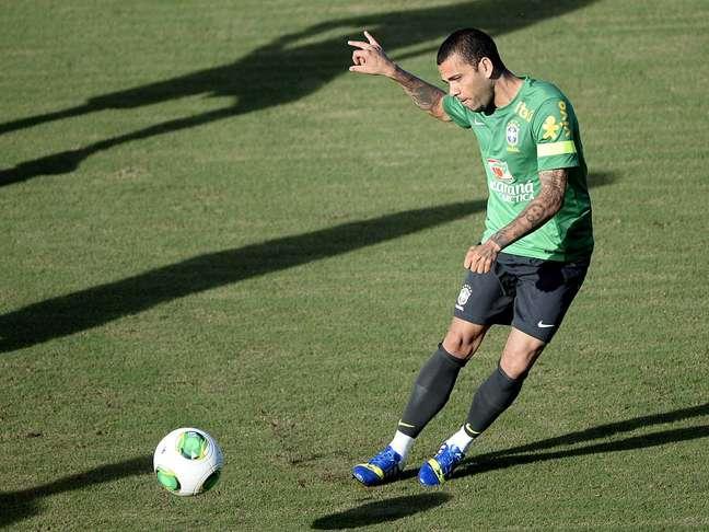 <p>Daniel Alves pede foco no futebol da Seleção Brasileira</p>