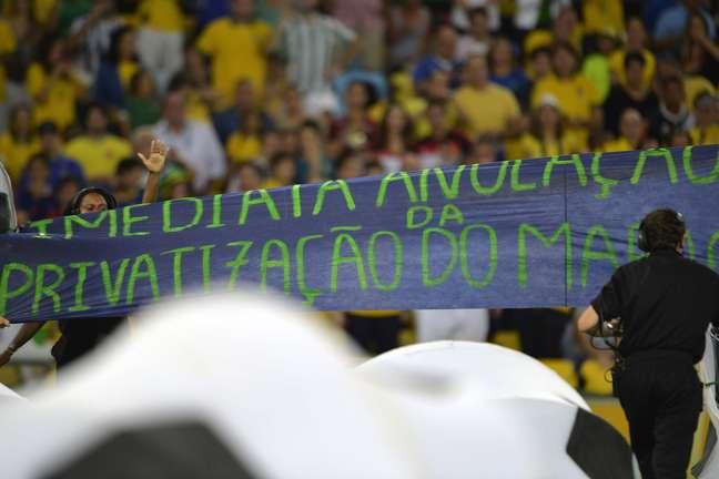 <p>Protestos ofuscaram cerimônia de encerramento da Copa das Confederações</p>