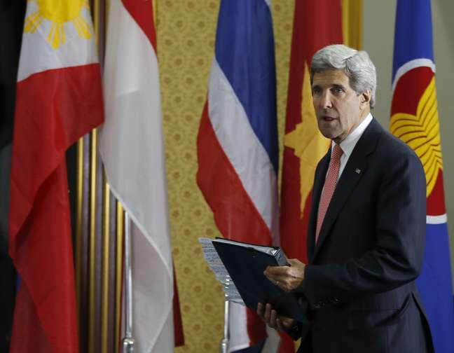 John Kerry durante coletiva em Bandar Seri Begawan, Brunei