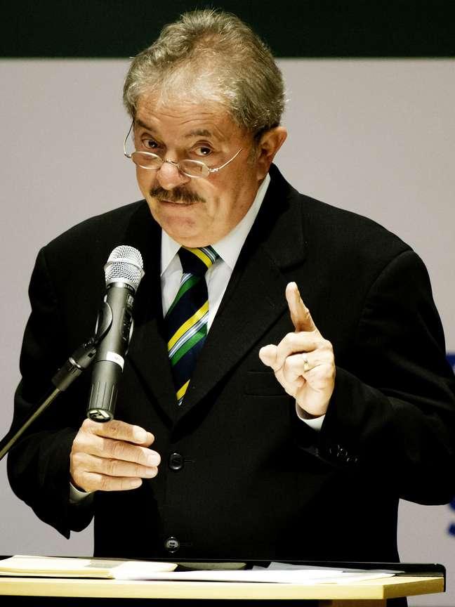 """Lula disse que """"não abaixou a cabeça"""" para os Estados Unidos, logo que assumiu a Presidência da República"""