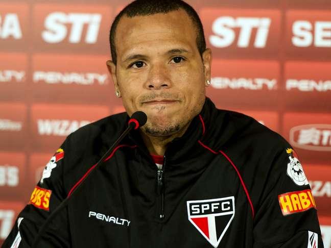 <p>Luís Fabiano teme que são Paulo entre na zona de rebaixamento mesmo se bater o Internacional</p>