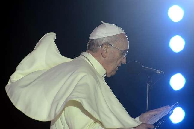 <p>Papa Francisco falou sobre as vítimas do incêndio em boate de Santa Maria (RS) no encerramento da Via Sacra</p>