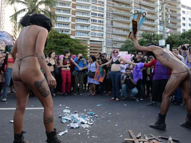 <p>De acordo com a promotoria, Raissa Senra Vitral e Gilson Rodrigues Silva Junior praticaram os crimes durante cerim&ocirc;nia da JMJ na praia de Copacabana, na zona sul do Rio de Janeiro</p>