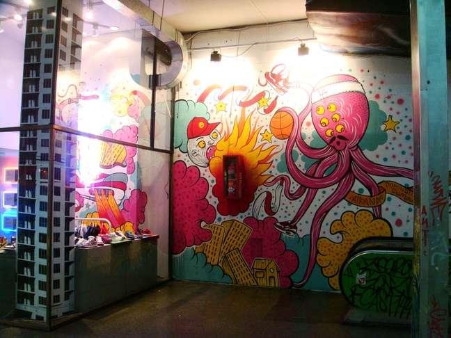 Espaço criado para ser centro comercial de luxo se tornou centro da cultura underground em um dos bairros mais nobres de Buenos Aires