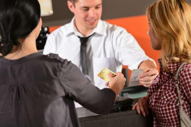 Ao solicitar a inclusão do CPF nos documentos fiscais, o consumidor ajuda a combater a sonegação