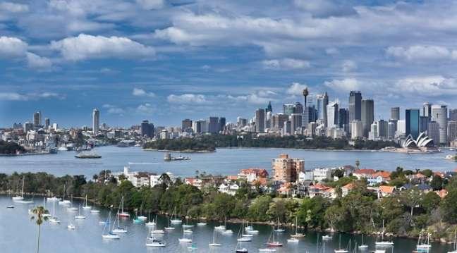 9 - Sidney está empatada com Berna na nona posição e é o lugar onde o litro de refrigerante é mais caro dentre as 10 cidades mais caras com expatriados. O preço médio do produto na cidade australiana é US$ 2,15, enquanto na sexta colocada, Hong Kong, custa US$ 1,02 - menos da metade.