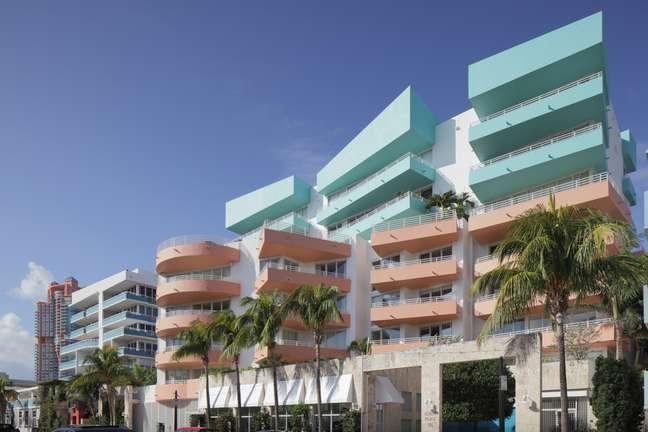 A cidade da Flórida é uma das que reúnem a maior quantidade de edificações no estilo art-déco  são cerca de 800 no total. A arquitetura desse tipo é caracterizada pela predominância de formas geométricas e pouca ornamentação