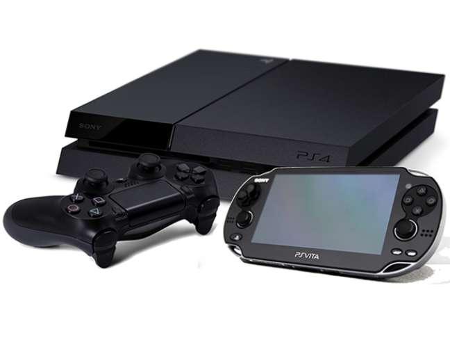 Após recepção positiva dos consumidores na Gamescom, Sony reconsidera lançar pacote especial com PS4 e PS Vita