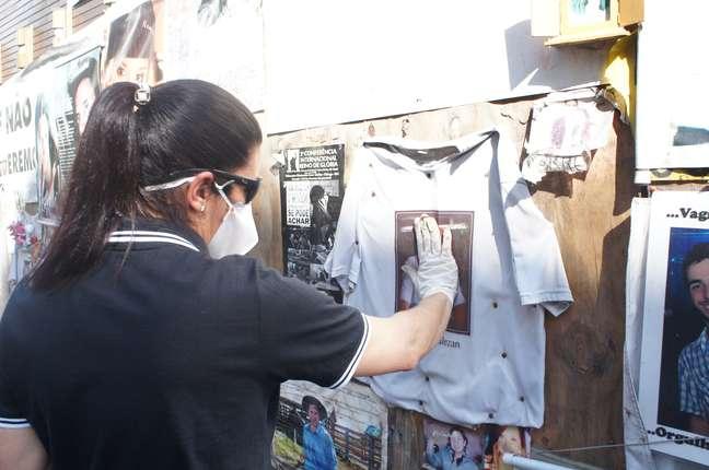 Voluntárias usaram máscaras de proteção devido ao risco de contaminação do local