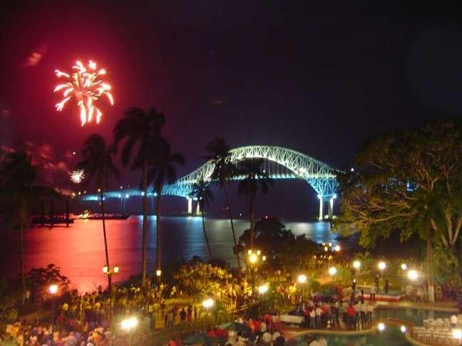 Localizada na Cidade do Panamá, a Ponte das Américas foi a única ligação terrestre entre o norte e o sul do continente entre 1962 e 2004