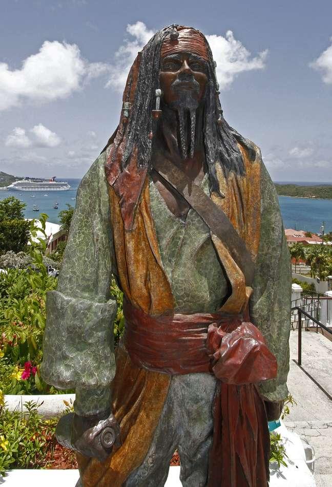 O Castelo do Barba Negra é uma espécie de museu dedicado aos grandes nomes da pirataria, sejam eles reais ou fictícios, como é o caso de Jack Sparrow, personagem da série Piratas do Caribe