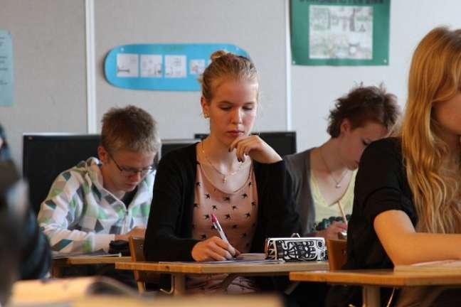 Praticamente todos os jovens finlandeses estudam em escola pública
