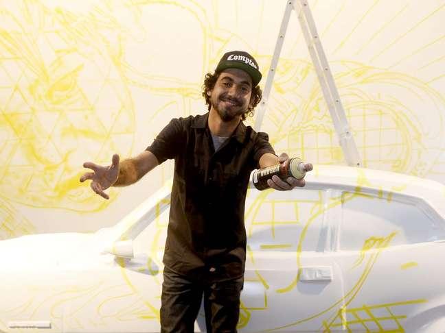 <p>Grafiteiro Eduardo Kobra foi o escolhido para apresentar sua arte na 36ª edição do SPFW</p>