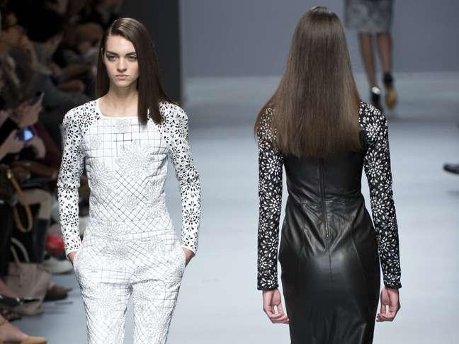 <p>Vestido de Patricia Motta feito todo de couro</p>