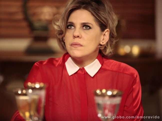 <p>Edith (Bárbara Paz) revela verdade sobre paternidade deJonathan</p>