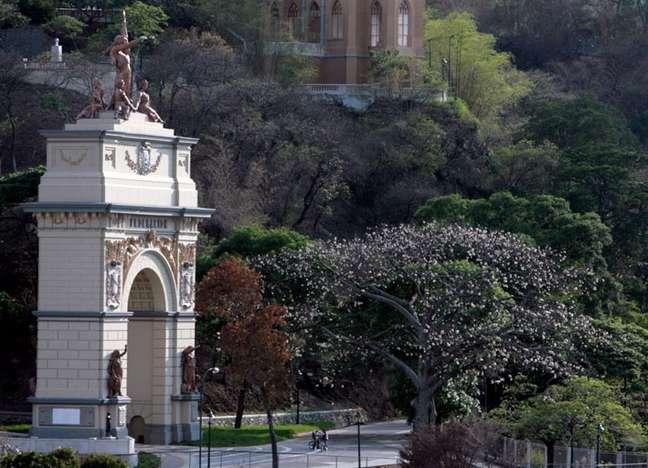 O Parque Ezequiel Zamora fica na Urbanización El Silencio, 1010