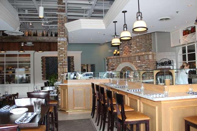 <p>Além de parques, a região de Orlando oferece inúmeras opções de restaurantes</p>