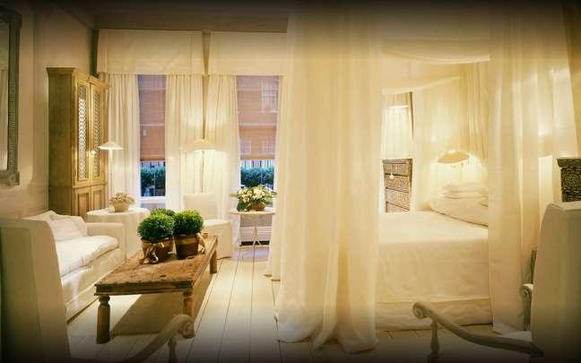 <p>O prêmio, que começou neste ano, celebra os quartos mais românticos e sedutores, e concorreram mais de 90 hoteis cadastrados no site</p>