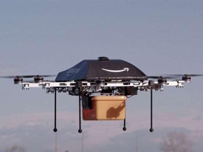 <p>Com a resolução do FAA, a Amazon fica proibida de seguir com o projeto de entregas por aeronaves não tripuladas</p>