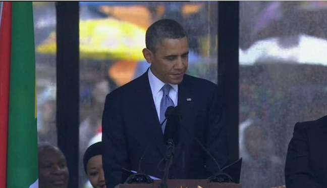 Obama discursa durante cerimônia oficial de despedida a Mandela