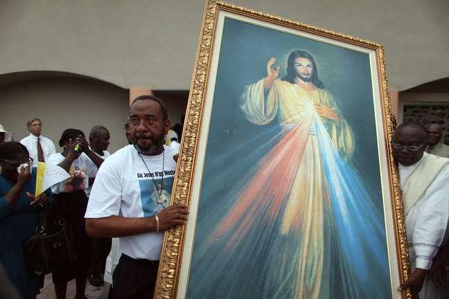 Imagem de Jesus com traços frágeis e pele clara não é corroborada por cientistas