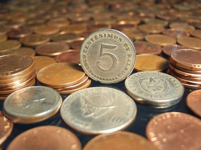 O Balboa é a moeda local do Panamá, com cotação idêntica ao Dólar americano, também utilizado amplamente no país