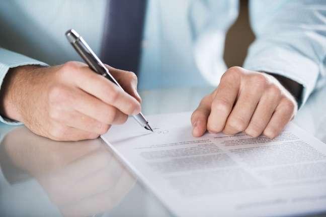 O contrato de franquia engloba uma licença de uma marca a ser franqueada e também a transferência de um know-how específico de operação daquela franquia do titular estrangeiro para o franqueado nacional