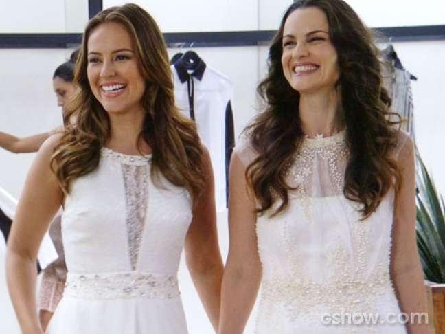 Paloma e Gina escolhem vestidos de noiva
