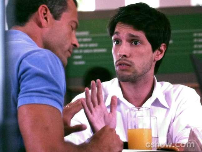 Luciano conta para Bruno que Ordália namora Herbert