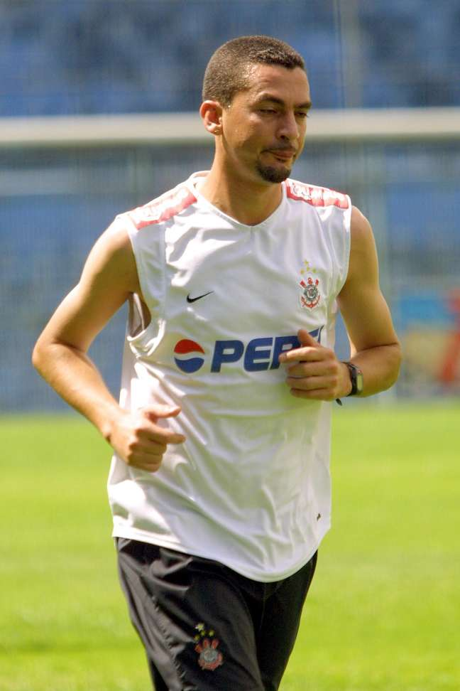 Piá, que atuou por clubes como Ponte Preta, Santos, Corinthians (foto) e Portuguesa, foi detido nesta quinta-feira em Campinas