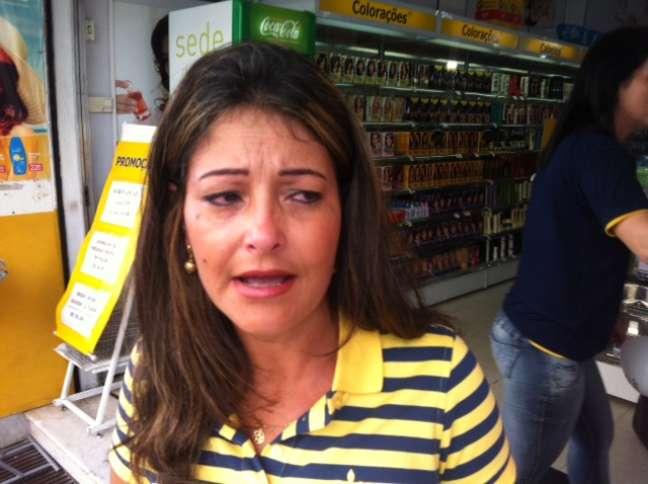 Marilene Bueno não estava na manifestação, mas chorou quando a marcha passou pela loja dela